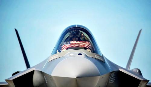 Kisah Perusahaan Raksasa: Pabrikan Militer Lockheed Martin Meluncur dengan Keuntungan hingga 23%