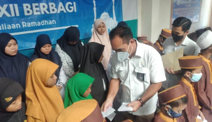 Berbagi Berkah Ramadan, PTPN XII Beri Bantuan Anak Yatim..