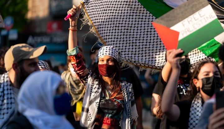 Usai Turun Gunung Bela Palestina, Bella Hadid Lantang Diteriaki Orang-orang Israel