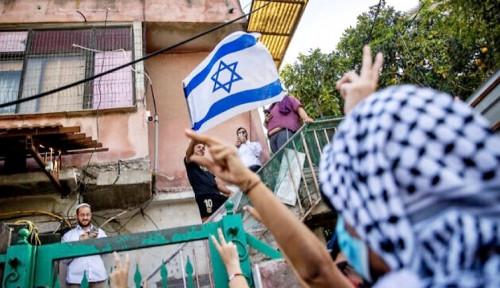 Dunia Kutuk Aksi Biadab Israel, Di Indonesia Ada yang Kibarkan Benderanya, Diduga Pelakunya...