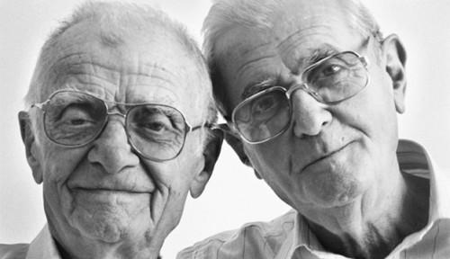 Mendengar Kisah Heroik Kakak Beradik Muslim Albania Berbulan-bulan Lindungi Yahudi dari Nazi