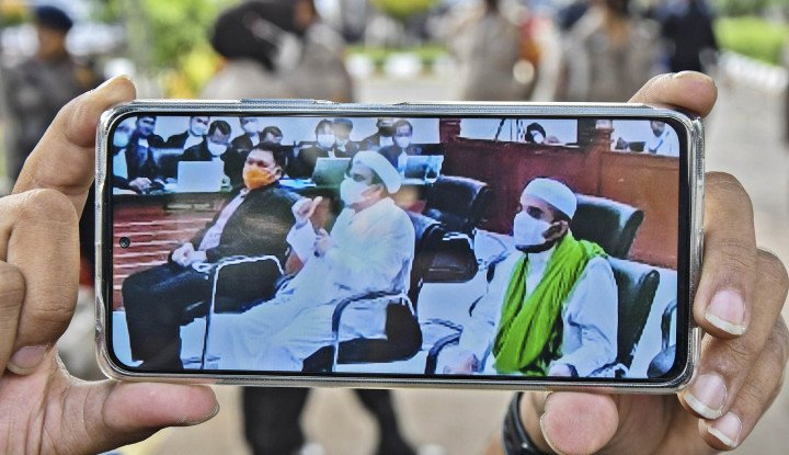 Hakim sebut Habib Rizieq Berbohong, Kuasa Hukum Tarik Kebohongan dalam Lindungi Harun Masiku