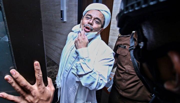 Boleh Nggak Habib Rizieq Dipukulin dan Dilempar Kotoran?