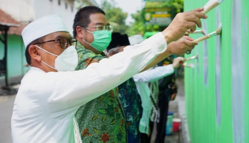 Lewat Program Religi Warna Warni 2, Pacific Paint Warnai Kota Santri Jombang