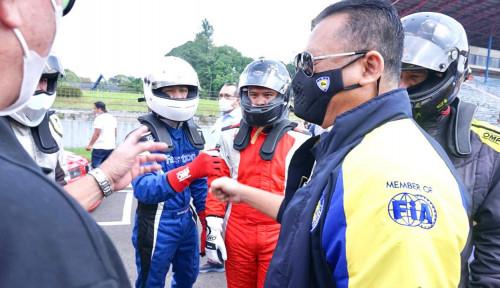 Bamsoet Buka Kejurnas Balap Mobil Putaran ke-2 Indonesian Sentul Series of Motorsport 2021