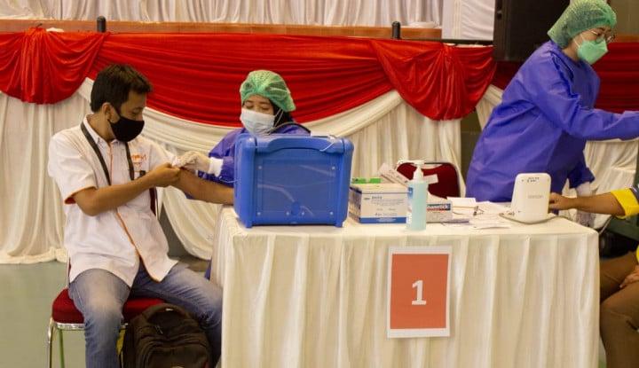Ribuan Karyawan MPMRent Terima Vaksinasi Covid-19