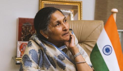 Foto Kisah Orang Terkaya: Savitri Jindal, Janda dari Konglomerat Baja Berharta Rp211 Triliun