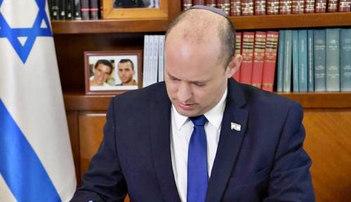 Naftali Bennett Tiba di Istana Raja Yordania untuk Bahas Perkembangan Ini