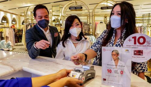 Kencangkan Transaksi Non-tunai di Kala Pandemi, Bank Mega Luncurkan Mega Metro Card