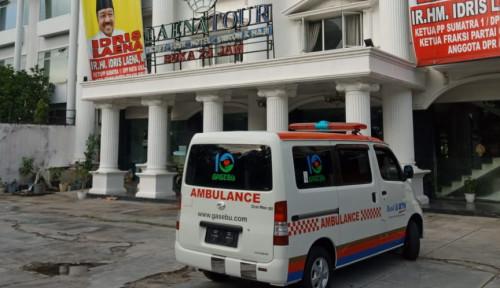Aksi Nyata Idris Laena Serahkan Unit Ambulance untuk Masyarakat Riau