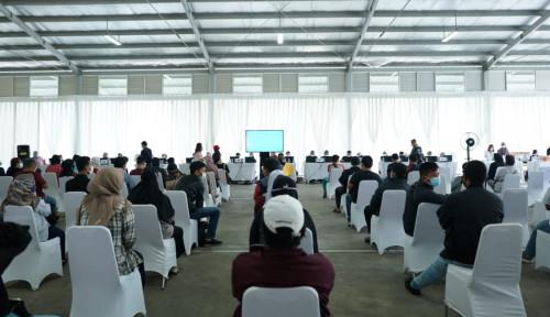 Patut Dicontoh! Ribuan Warga Ikuti Vaksinasi Covid-19 di Summarecon Bandung