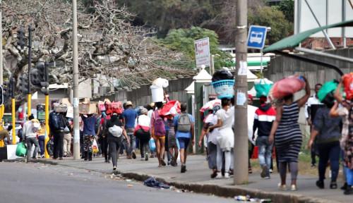 Mayat-mayat Bergelimpangan di Jalan, Afrika Selatan Masuk Keadaan...