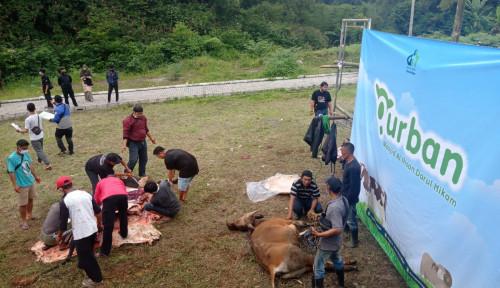 Sandiaga Uno Berkurban di Yayasan Darul Hikam Bandung