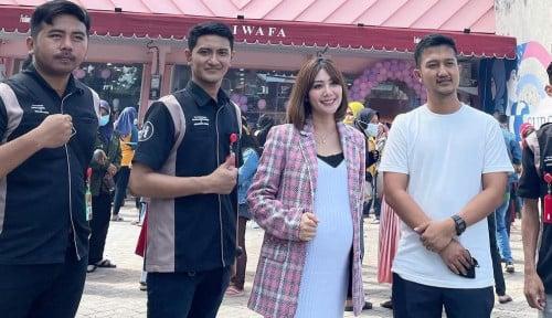 Tom Liwafa, Crazyrich Surabayan Buka Bisnis Deliwafa Store