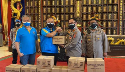 Kabar Baik! Komunitas Tionghoa Bandung Bagi-Bagi 1.000 Paket Sembako untuk PKL dan Warga