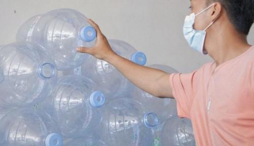 Menambah Masalah Sampah, Galon Sekali Pakai Harus Dihentikan