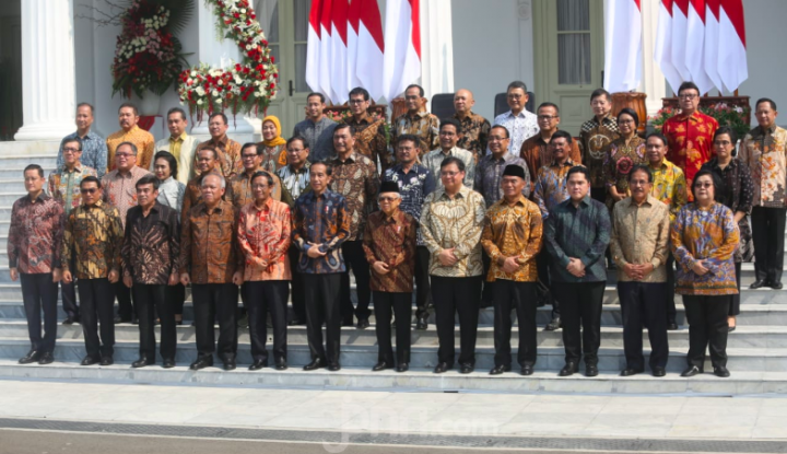 Guru Besar Soroti Kinerja Jokowi, Singgung Nama Nadiem Makarim