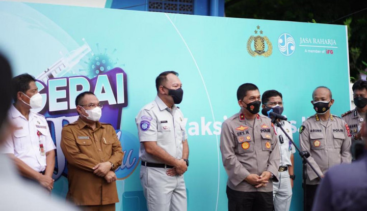 Kolaborasi Jasa Raharja dan Polda Banten Gelar Vaksinasi Covid-19 di Kota Serang