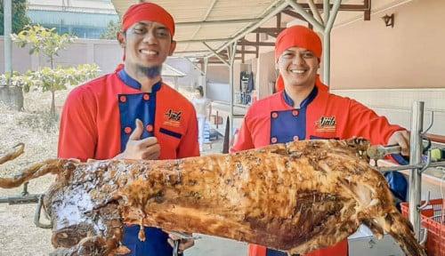 Sukses di Bidang Kuliner, Owner Kambing Guling Ajiib Masuk Dunia Entertainment