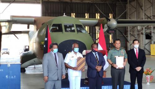 Panglima TNI Bantu Perbaikan Pesawat CASA Milik Angkatan Bersenjata Papua Nugini