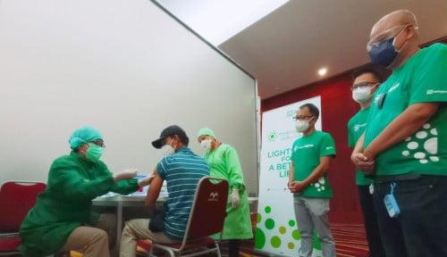 Meprofarm Fasilitasi 650 Warga Bandung Ikuti Vaksinasi Covid-19