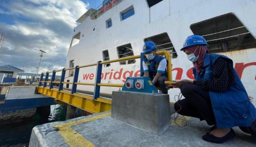 Kapal Ferry Bersandar di Pelabuhan Lebih Efisien Sejak Transisi BBM ke Listrik