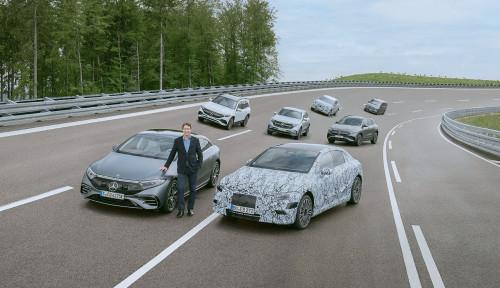 Mercedes-Benz Bersiap untuk Beralih ke Elektrifikasi Penuh