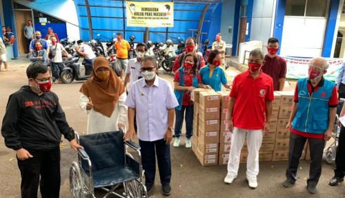 Lagi! Komunitas Tionghoa Bagikan 4 Ribu Bantuan Sembako Bagi Warga Bandung