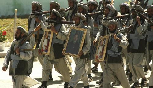 Mengenal Perbedaan Mujahidin dan Taliban: Dari Perang Soviet hingga Perjuangan Afghanistan