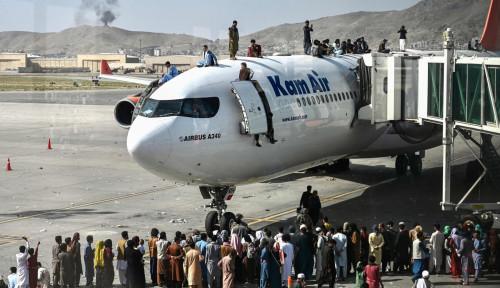 Amerika: Lebih dari 10.000 Orang Menunggu untuk Dievakuasi dari Bandara Kabul
