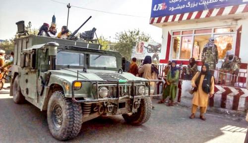 Taliban Warisi Persenjataan Besar Buatan Amerika Usai Obrak-Abrik Afghanistan, Ini yang Ditakuti