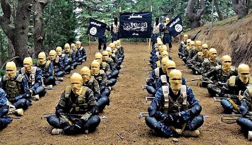 Mengenal Perbedaan ISIS-K dengan Taliban di Afghanistan