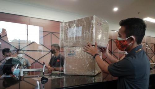 Mager Ngirim Paketan Harus Keluar Rumah? Pakai Aplikasi Pos Aja! Pasti Dijemput Kurir Pos Indonesia