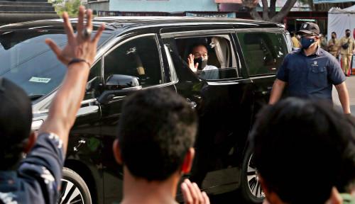 Pembentang Poster Jokowi Ditangkap, Pemerintah Nggak Mau Ada Kritik yang Mengganggu