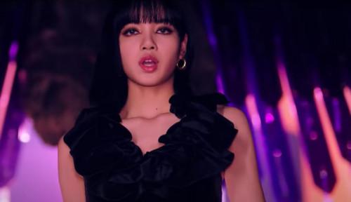 Penjualan Aksesori Khas Thailand Meningkat Karena Lagu Lalisa