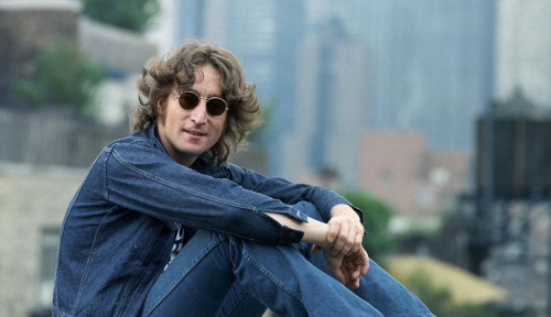 Akun John Lennon Jadi Perhatian Usai Unggah Lirik Berbahasa Indonesia dan Jawa