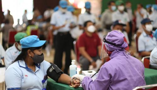 Percepat Vaksinasi di Daerah dengan Capaian Vaksinasi Dosis Pertama di Bawah 50%