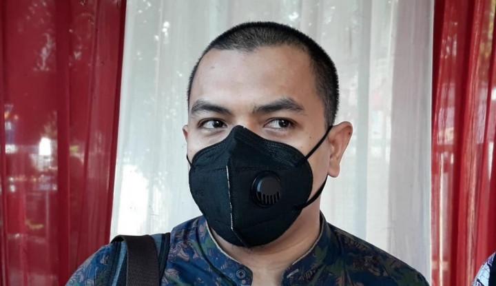 Aziz Yanuar FPI Ngaku Gak Heran dengan Kelakukan Parpol Pendukung Jokowi: Dekat dengan Istana Lezat