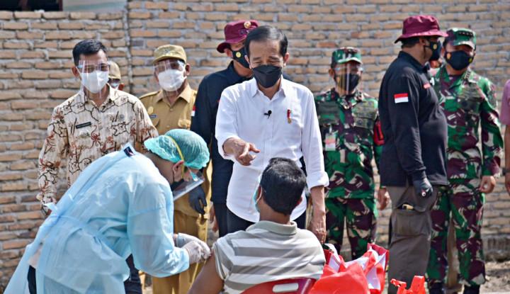 Pak Jokowi, Kalau Serius Panggil Saja Semua Pengkritik ke Istana
