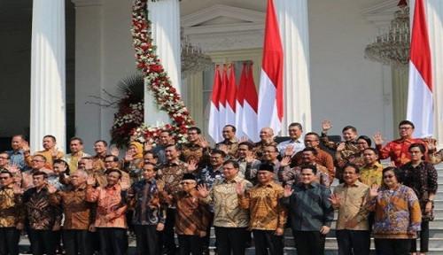 Pendukung Jokowi Ngotot Banget Dorong Presiden Lakukan Reshuffle: Kami Sudah Pegal Melihat...