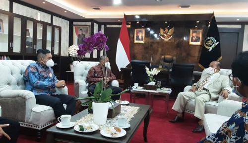 Wakil Ketua MPR Syarief Hasan Apresiasi Dewan UKM Berkontribusi Nyata untuk Bangsa