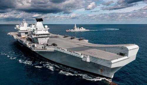 Kapal Induk Queen Elizabeth Tinggalkan Singapura di Tengah Ketegangan di Pasifik