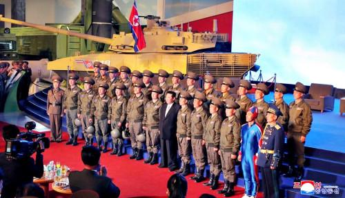 Sukses Bikin Kim Jong Un Senyum-senyum, Netizen Bilang Itu 'Kapten Korea Utara'