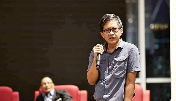 Pengakuan Profesor UIN, Rocky Gerung Itu Islam, Cuma Belum Syahadat Aja..
