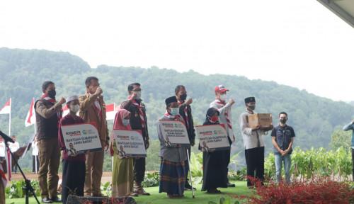 Bersama JQR dan Eiger, Ridwan Kamil Gelar Bhakti Sosial di Kabupaten Bogor
