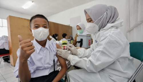 Jabar Terus Tingkatkan Vaksinasi bagi Pelajar dan Lansia