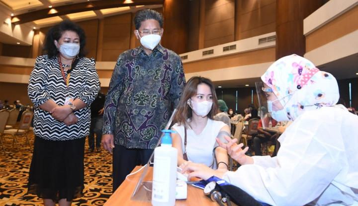 Bank Mega dan CT Corp Bantu pemerintah Perluas Program Vaksinasi Covid-19