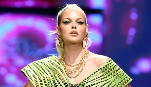 Kolaborasi Diana Couture-UBS Gold Bawa Indonesia Pentas di Los Angeles Fashion Week 2021/2022
